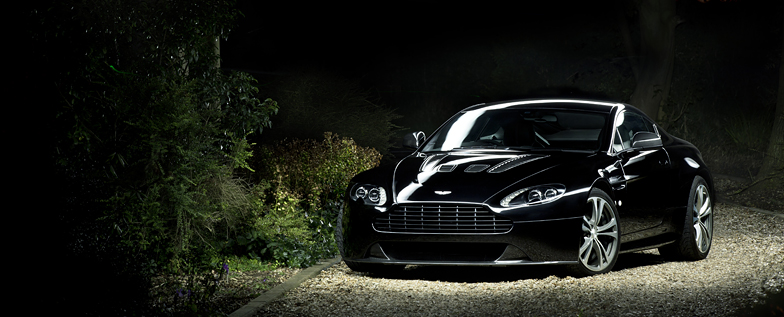 Aston Martin V12 Vantage Photography