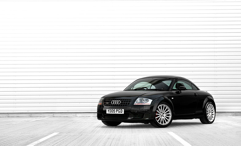 Audi-tt-photography-front shot